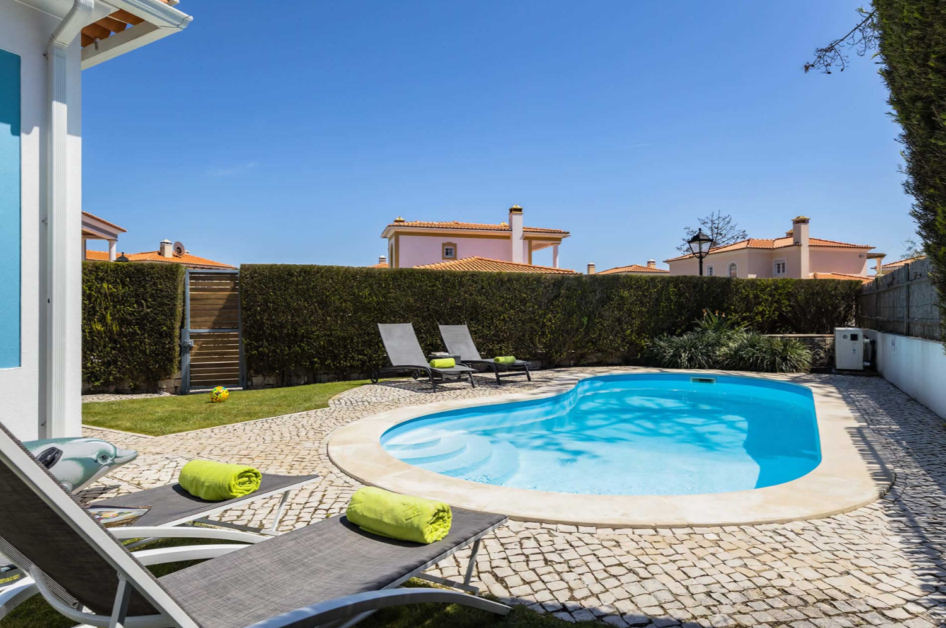 Villa Azure in Praia D'el Rey, Silver-coast